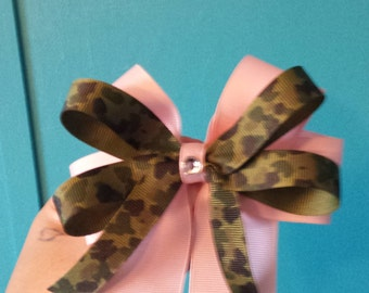 pink and camo hair bow