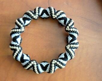 Impressive Cellini Beadwoven bangle bracelet