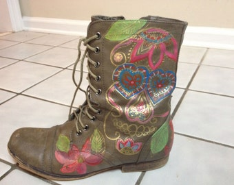 Hand painted / Skull Candy // Funky Boots // Combat Boots / Boots