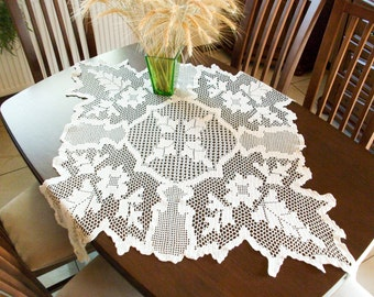 New Gorgeous Ecrui Crochet Tablecloth Handmade 100cm x 100cm