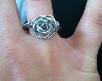 Rose wire wrapped ring in any color of wire. Perfect for bridemaid or other occasion gifts.