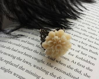 Ivory Chrysanthemum Vintage Inspired Ring