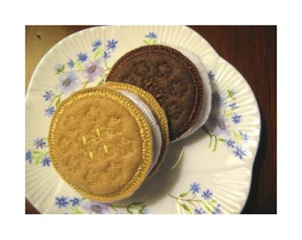 In Hoop Sandwich Cookies