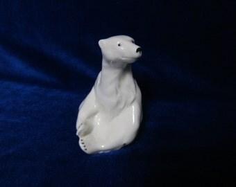 VINTAGE Porcelain Figurine polar bear white wagner apel germany 1970