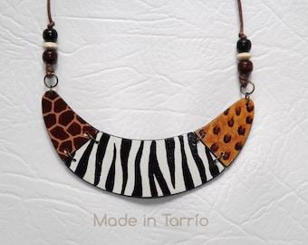 Giraffe, zebra and leopard wooden necklace