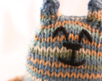 Hand Knitted Kitty - multiple colors!