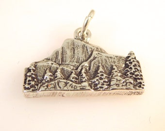 Sterling Silver HALF DOME Charm Pendant Yosemite National Park California .925 Sterling Silver New tr41
