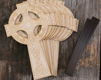 10 x-Wooden Traditional Celtic Christian Cross Craft Shape 3mm Ply with Detail