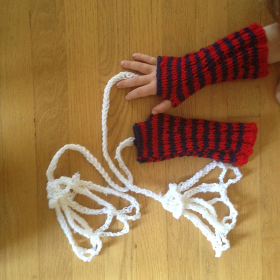 Red and Navy Gloves with Web Shooters, Handmade Kids Costume Fingerless Gloves for Children, Imaginitive Play, Halloween Gift for Kids