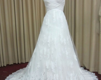 Criss Cross Ruched Chiffon Sweetheart Neckline Wedding Dress with Appliques, Lace Trim, and Small Train