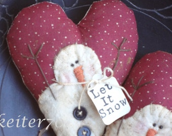 Primitive Christmas Valentine Snowman Heart Ornies Bowl Fillers (Two of them)