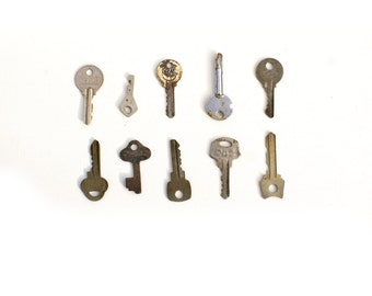 Set of Ten Vintage Metal keys ,Furniture Supply,Steampunk,vintage collectible keys, #3