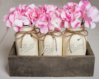 Painted Mason Jars in Reclaimed Wood Box