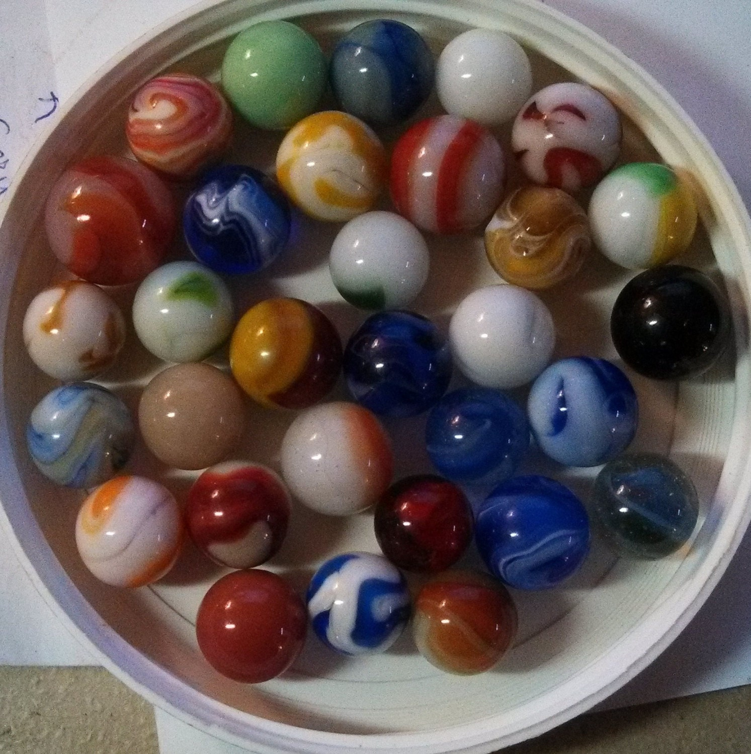 Vintage Marbles Lot 31 Akro Agate Or Peltier Or Christensen