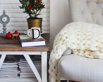 Chunky Knit Blanket, Chunky Throw - Ivory Cream, Hand Knit