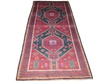 FREE SHIPPING 9'4 by 4'3 FT Vintage Beautiful Rare Qafqazi Pattern Tribal Area Rug
