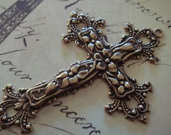 antique brass cross pendant 1 pc