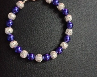 Bead Bracelet in purple and silver beads