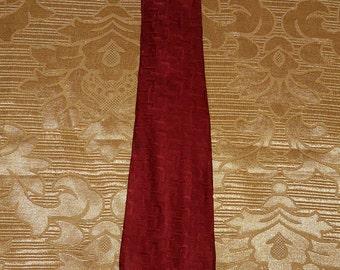Genuine Gucci tie / 100% silk / Made in Italy