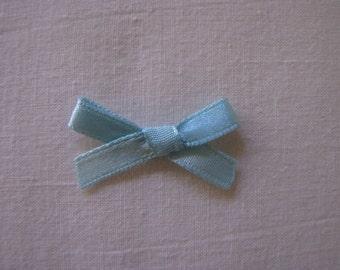 Lot of 12 light blue satin bows 3.5cm wide