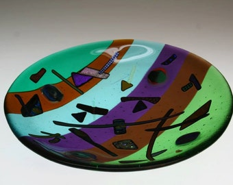 Round glass platter in an abstract pattern (PL-18)