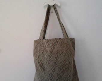 Elephant Skin. Tote Bag original and comfortable, designed with a particular rough fabric.