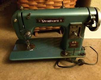 SALE!!! Vintage Stradivaro Super Deluxe 85 Heavy Duty Sewing Machine (1950s / 60s)