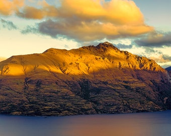Landscape Fine Art Print, New Zealand, Lake Wakatipu in Queenstown at sunset
