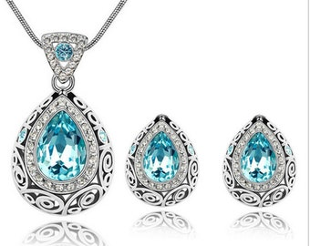 Beautiful Crystal Earring Necklace set