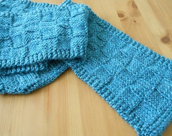 Knitted Basket-Weave Scarf