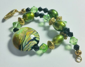 Green and Black Swirl Bracelet