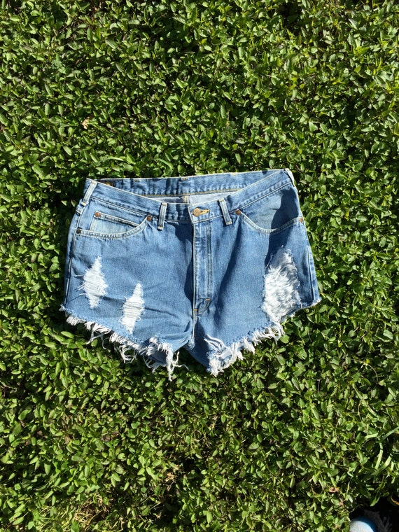 LEE Vintage High Waisted Jean Cut Off Shorts