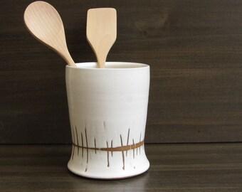 White utensil holder