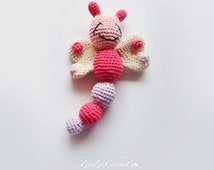 Butterfly crochet rattle, Bug rattles, Dragonfly, Wood beads, Baby toy, Amigurumi, Baby shower gift, Newborn baby, CHOOSE YOUR COLOUR