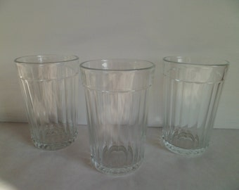 Glasses Vintage set of 3 USSR Soviet Union Famous Faceted Design Glassware Vodka Glasses Russian Glass Tumblers