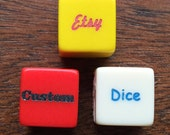 Your personalized writing engraved on one pair of 16mm six-sided acrylic dice.