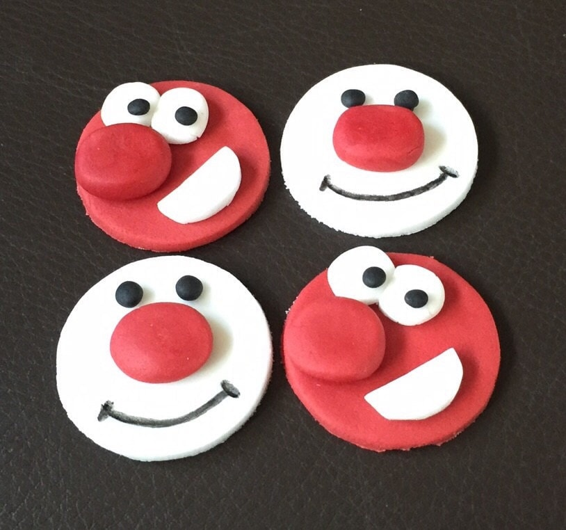 Cake Designs For Red Nose Day : Set of edible icing Red & White Face cupcake by ACupfulofCake