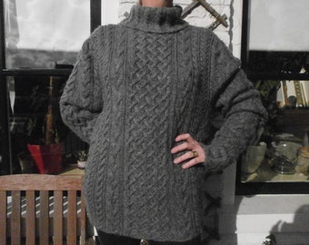Grey cable sweater, Irish