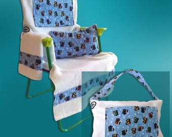 Child size chair cover that converts to a tote bag!      Fits most child size chairs. Includes pillow, pat-dry towel, and 2 storage pockets.