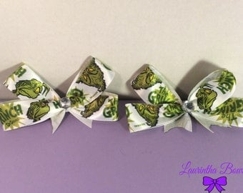 """Set of 2 Dr. Seuss """"The Grinch"""" Hairbows"""