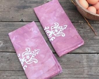 mauve finials batik napkins