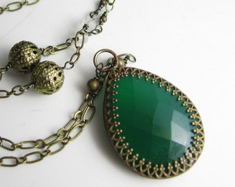 Emerald Green Onyx and Moonstone in Brass Necklace