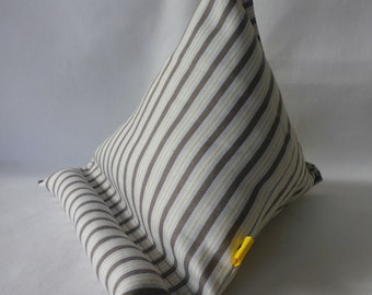 iPad / Kindle Lap Pillow Stand Bean Bag Stand : Grey and Lavender Stripe