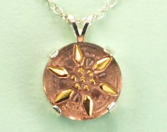 Rose and Gold Tone Czech Glass Button Necklace