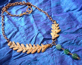 Asymmetrical Mixed Metal Necklace With Green Aventurine