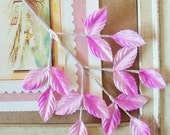 Vintage / Leaves / One Sprig / Fifteen Leaves / Made in Japan / Variegated / Ombre