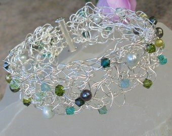Fine Silver and Green Crocheted Bracelet