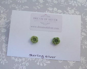 Blossom Stud Earrings - Green