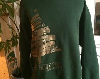 Vintage 1980's holiday sweatshirt. womens size M
