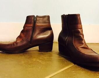 Vintage 60's Beatle boots   size 9.5 US